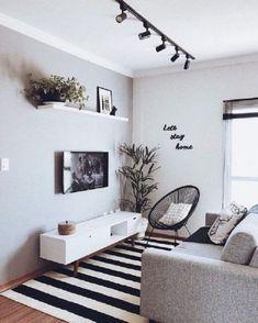 Small Apartment Living, Small Living Rooms, Home And Living, Living Room Designs, Tv Room Small, Small Spaces, Simple Living Room Decor, Modern Apartment Decor, Condo Living Room