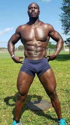 Sport Football, Hot Guys, Muscle, Workout, Sports, People, Swimwear, Men, Black Beauty