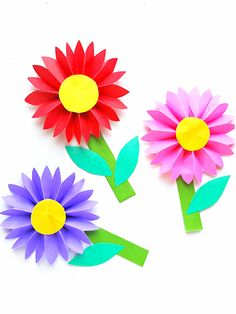 Easy Paper Daisy Craft #kids #kidcrafts #spring #summer #flowers #papercraft