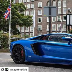 #supercarsoflondon #itswhitenoise #autogespot  #londonsupercars #carswithoutlimits #London  #amazingcars247 #carporn #luxurycars #carsofinstagram #supercars #cars #teamvoster #cargram #luxury #hypercar #blacklist #shmee150 #rich #millionaire  #cargasm #photography #followforfollow #cars247 #likeforlike