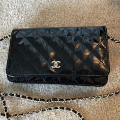 Auth CHANEL Black Quilted Patent Leather CC Logo Mini Chain Bag GREAT DEAL  | eBay