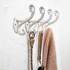 Decorative Rustic Wall Hooks – Shabby Chic Set of 4 Wall Mounted Hooks for Coats, Bags, Towels and More – Vintage Hooks for Farmhouse Décor - Sturdy, Cast Iron Hooks in Rustic White Color