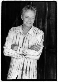 A beautiful article about Tommy Emmanuel.