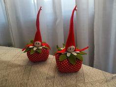 Diy Christmas Angel Ornaments, Country Christmas Decorations, Burlap Christmas, Felt Decorations, Christmas Bells, Felt Ornaments, Christmas Angels, Winter Christmas, Flower Fairies