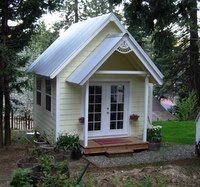 I want a little sewing cottage in my backyard! That is if I ever stop moving around the country!!!