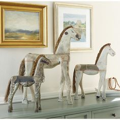 Trying to find great Bastille Wooden Horse Decor Series pieces to help you decorate like a pro? Discover Ballard Designs style and shop easy, fabulous Bastille Wooden Horse Decor Series decor online! Diy Rustic Decor, Wooden Decor, Rustic Design, Farmhouse Decor, Diy Home Decor, Country Decor, Table Farmhouse, Diy Decoration, Farmhouse Ideas