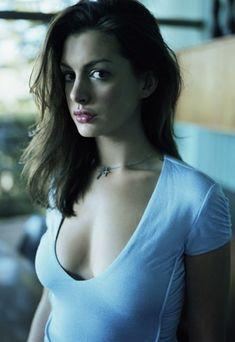 Anne Hathaway   Omg...   So hot…