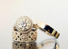 Rocks on rocks on rocks: Engagement Ring Eye Candy