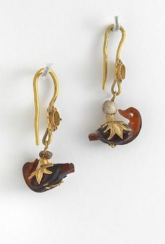 Earrings with Duck Pendants 4th–3rd century BC. Greek - (Macedonian), Hellenistic Period. Gold, carnelian. | Virginia Museum of Fine Art