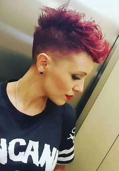 Today we have the most stylish 86 Cute Short Pixie Haircuts. We claim that you have never seen such elegant and eye-catching short hairstyles before. Pixie haircut, of course, offers a lot of options for the hair of the ladies'… Continue Reading → Short Pixie Haircuts, Short Hairstyles For Women, Protective Hairstyles, Hairstyles Haircuts, Short Hair Cuts, 2018 Haircuts, Short Hair Styles, Blonde Pixie, Short Blonde