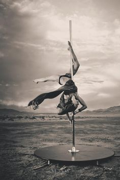 Learn more about exploring your freestyle #poledance movement. #BadKittyBlog http://www.badkitty.com/news/freestyle-movement-part-3-freedance/