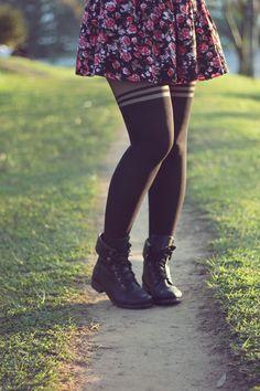 saia floral+meia calça