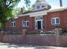 Ventana Gallery, on Canypn Road in Santa Fe (a street known for it's profusion of art galleries)is in the old 2nd Ward schoolhouse dating to 1906, Photo
