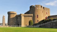 brest Palais Royal, Brest, Beautiful Castles, Fortification, Architecture, Brittany, Places Ive Been, Slot, Cathedral