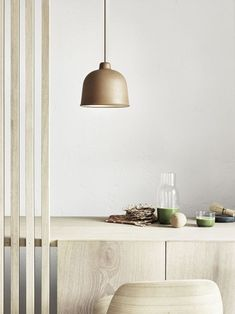 A beautiful addition to the Muuto Lighting Collection, GRAIN brings a new perspective to the pendant lamp bycombining a classic minimalistic design using innovative new materials. Designed by Jens Fa