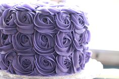 What i'm going for, for my sisters bday cake :/.