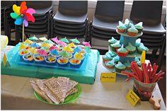 Johnson babies: Beach themed party