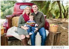 Family portraits- Vintage Ford Truck-Jen Disney's Blog » Orange County Wedding and Portrait Photographer