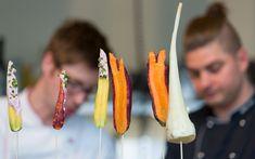 Bewusst regional: 10 Adressen für nachhaltigen Genuss - Bern Welcome Pulled Pork Burger, Sauerkraut, Fresco, Bern, Regional, Drop Earrings, Drinks, Food, Fine Dining