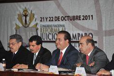 El gobernador Javier Duarte de Ochoa, inauguró el Congreso Nacional Reforma al Juicio de Amparo en el Siglo XXI, organizado por la Universidad de Xalapa, donde expresó que la legalidad es el mejor camino para avanzar hacia el desarrollo de la entidad.
