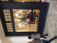 Madewell | storefront display