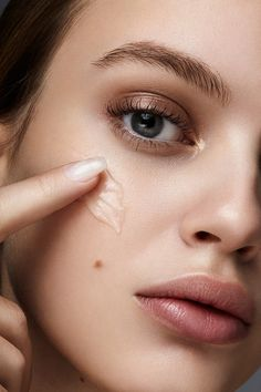 Skincare anti-ageing myths skin care in 2019 макияж, идеи ма Skin Care Routine Steps, Skin Care Tips, Mascara Hacks, Cosmetic Treatments, Glowy Skin, Beauty Shoot, Anti Aging Skin Care, Beauty Photography, Beauty Skin