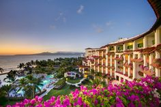 Grand Velas Riviera Nayarit is a luxurious all-inclusive resort in Puerto Vallarta, Mexico. Award-winning spa, dinning and entertainment in Puerto Vallarta. Puerto Vallarta Resorts, Riviera Nayarit, Travel Specials, Mexico Resorts, All Inclusive Vacations, Family Vacations, Best Resorts, Top Destinations, Vacation Packages