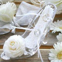 ガラスの靴リングピロー.jpg 556×556 ピクセル