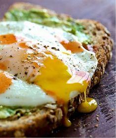 #avocadoontoast #toast #eggtoast