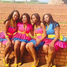 Instagram photo by @leeramss (Linda Rams)   Iconosquare African Print Fashion, Fashion Prints, African Traditions, Ethnic Wedding, Dream Wedding, Traditional, Weddings, Eyes, Elegant