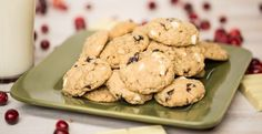 Holiday Cranberry Cookies by Blendtec (cranberries, white chocolate, oats & cinnamon) #newrecipe