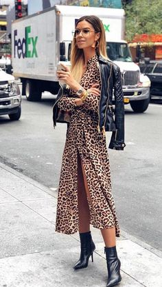 Zara Long Maxi Dresses for Women for sale Mode Outfits, Fall Outfits, Casual Outfits, Fashion Outfits, Womens Fashion, Fashion Tips, Fashion Trends, Basic Outfits, Fashion Ideas
