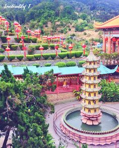 Things to do in Penang, Malaysia - Visit Kek Lok Si temple! Spent a worthwhile evening here after going to Penang Hill 😊😊   Address: 1000-L, Tingkat Lembah Ria 1, 11500 Ayer Itam, Pulau Pinang, Malaysia