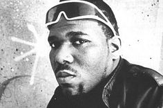 Dj Afrika Bambaataa is one of the originators of breakbeat DJing. He was the first to discribe the 4 elements of Hip Hop which are rap music Djing Breaking & Graffiti art. 80s Hip Hop, Hip Hop Rap, Hiphop, B Boy Stance, Best Rhymes, Jamel Shabazz, Afrika Bambaataa, A Tribe Called Quest, Love And Hip