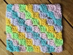 Tutoriel C2C corner to corner crochet / Tutorial C2C a crochet - YouTube