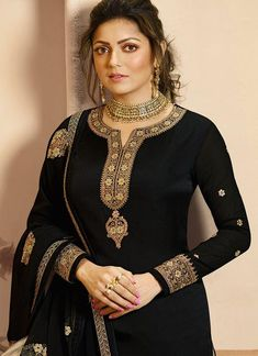 Black Golden Embroidered Indian Gharara/Churidar Suit is a steal the deal indian outfit showcasing glamorous style and elegance with its unique embroidered combination of zari, resham and stone wor. Churidar Suits, Salwar Kameez, Designer Salwar Suits, Designer Dresses, Indian Dresses, Indian Outfits, Types Of Suits, Suit Measurements, Embroidery Suits