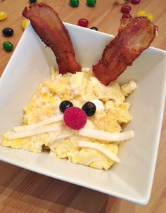 Cute Easter Breakfast idea – Bunny Eggs!
