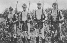 Funny moments for this german soldiers.
