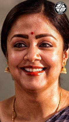 Indian Actress Hot Pics, Bollywood Actress Hot Photos, Bollywood Girls, Beautiful Bollywood Actress, Most Beautiful Indian Actress, Tamil Actress, Beautiful Women Over 40, Most Beautiful Faces, Priyanka Chopra Makeup