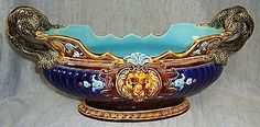 VERY BEAUTIFUL ANTIQUE SARREGUEMINES MAJOLICA JARDINIERE CENTERPIECE