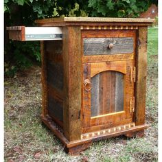 Idaho Homestead Enclosed Nightstand