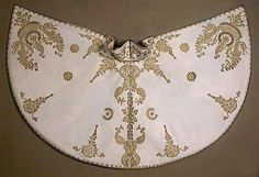 Ottoman Pelerin Stylish Dresses For Girls, Period Costumes, Fashion Plates, Fashion History, Beaded Embroidery, Suits For Women, Pretty Outfits, Vintage Fashion, Vespa