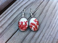 Real pressed flower botanical Earrings -  pressed red Queen Annes over beige leather