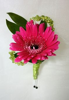 Hot pink single flower boutonniere