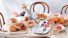 Let's face it, breakfast in bed on Mother's Day is not all it's cracked up to be (all those pesky crumbs!). Wouldn't you rather spend a leisurely Sunday morning in the kitchen with some little helpers?
