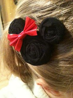 Super easy tutorial for a Minnie Mouse hairclip!