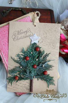 クリスマスツリーをカードに貼り付けていますので、そのままかけて飾れるツリーカードです。ツリー部分は全て本物の自然素材でできています。プリザーブド&ドライ加工さ...|ハンドメイド、手作り、手仕事品の通販・販売・購入ならCreema。