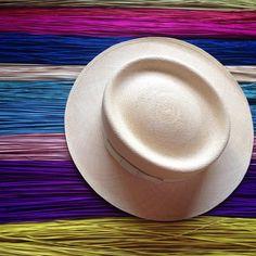Statement piece for your Friday outfit #allpahats #panamahat #handmade #ecuador #ecofriendly #semifino #boho #ootd #art
