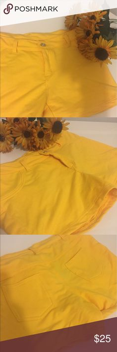 🌟🌟🌟yellow shorty shorts by TRUE ROCK🎉🎉🎉 Yellow brand new shorty shorts by true rock size 13/14 ready for those hot days for day or night true rock Shorts Skorts