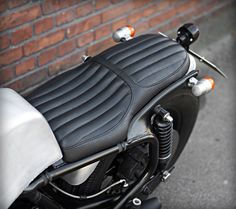 Custom Wrenchmonkees Goldwing seat